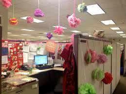 Funny Christmas Cubicle Decorating Ideas by An Employee U0027s Office Decorated For Their Birthday Using Only Ideas