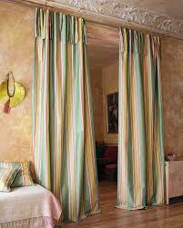 streifenvorhang grün rot beige gestreifte vorhänge