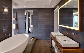 faire une salle de bain dans une chambre dans la salle de bains une estrade cache les canalisations