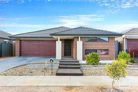 100 Armadale Court House Property Report For 4 Tarneit VIC 3029