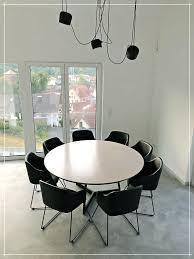 runder tisch für 8 personen holztisch esszimmer runder