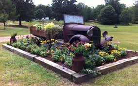 100 Best Old Trucks 24 Best Rusty Truck Planter Images Gardening Gardening