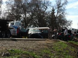 100 Two Men And A Truck Sacramento Woman Dies After Car Plunges Into River