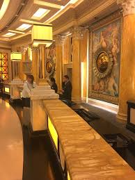Caesars Palace Hotel Front Desk by Caesars Palace Julius Tower Vegastripping Com