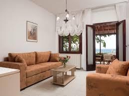 100 Maisonette House Romantic Corner House Stalos With Photos