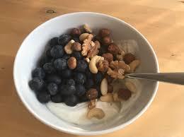 mein lieblingsfrühstück skyr mit flavdrops heidelbeeren