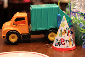 Three Yellow Lemons: Getting Trashed At A 3 Year Old's Birthday Party!?! Boy Mama A Trashy Celebration Garbage Truck Birthday Party Custom Lego Side Loading Working Compactor Youtube Dump Iced Cout Cookies From Cinottis Bakery Thank You Tags Choose Your Truck Color Www Trash Crazy Wonderful Seaworld Mommy Unique Printables Package Juneberry Lane Bash Partygross Box Car Tutorial Part 2 Larger Emilia Keriene Teacher Good Bags