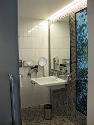 umbau eines sanitärraums zum rollstuhlgerechten bad bad