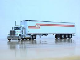 100 Kurtz Trucking DCP 30652 Paul E Vaz Pete 379 Day CAB Semi Truck Dry Van