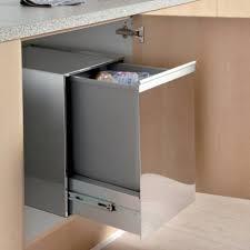 poubelle de cuisine coulissante monobac poubelle 1 bac 35l coulissante meuble de 400mm accessoires de cuisines