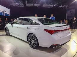 2019 Toyota Avalon First Look   Kelley Blue Book With Regard To 2019 ...