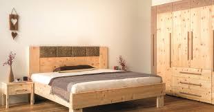 möbel aus zirbenholz die wirkung und vorteile der zirbe