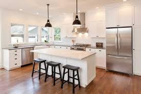 choisir une cuisine cuisine sur mesure bien choisir coûts matériaux informations
