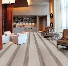 South Cypress Floor Tile by 17 Bilder Om Wood Look Tile På Pinterest Rustik Badrum Och Skogar