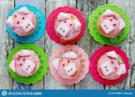 schweinkleine kuchen tier formten lustige kuchen für kinder