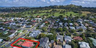 100 One Tree Hill House For Sale 67 Mariri Road Property For Ponsonby LJ Hooker