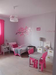 chambre fille grise chambre de fille aux murs gris et fushia scenesdinterieur