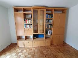 schrankwand wohnzimmer hülsta aus buche mit barfach