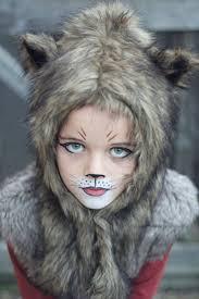 Halloween Half Mask Makeup by Best 25 Wolf Makeup Ideas On Pinterest Haloween Makeup Lion