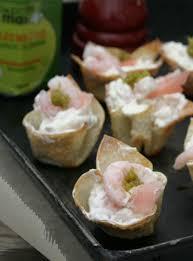 recette canape canapés à la crème fouettée aux fleurs d ail et aux crevettes