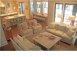 Open Concept Layout Love the dining nook Would be awesome with built in benche Home Decor