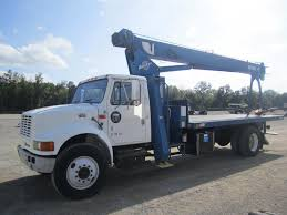 Boom Truck Cranes | Boom Trucks For Sale | Dozier Crane & Machinery Co.