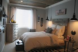 Headboard Designs For Bed by Charming Wooden Headboard Designs To Beautify Your Bedroom