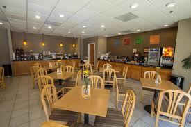 Lamp Liter Inn Hotel Visalia by Hotel Comfort Suites Visalia Usa Visalia Booking Com