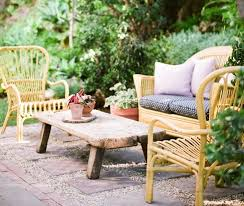 Inexpensive Patio Ideas Uk by Low Cost Luxe 9 Pea Gravel Patio Ideas To Steal Gardenista