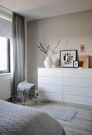 farrow corfforth white im schlafzimmer weisse ikea