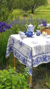 Round Patio Tablecloth With Umbrella Hole by Round Outdoor Tablecloth With Umbrella Hole Uk Image Of Modern