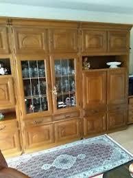 schrankwand wohnzimmer eiche rustikal mit bar wohnwand