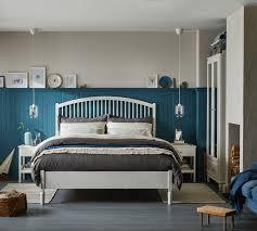 blau weißes schlafzimmer harmonisch und bequem ikea