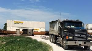 100 Tandem Truck Train Strikes Tandem Truck North Of Plattsmouth