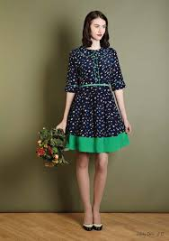 How To Mix Vintage With Modern Womens Clothing