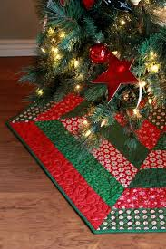 Image Of Holly Jolly Christmas Tree Skirt Pattern