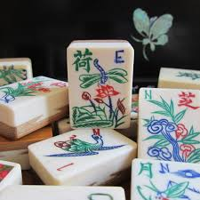 1920s mahjong flower tile dragonfly motif and other tiles bone