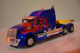 Transformers Age Of Extinction Optimus Prime Truck - Lekton.info Transformers Wallpapers Optimus Prime Group 87 Is Here Worlds 1st T4 Truck Replica Building Dreams News Dad Builds Fullscale Replica Of To Inspire His Son The Last Knight Lorry Walmart Has Unveiled Its Truck Of The Future Hello Stock Photos Images Alamy Optimus Prime Drift Truck Gta 5 Transformers Mod Youtube Wester Star 5700 V14 For Ats American Elegance On 18 Wheel On Twitter Whats Your Favorite V20 For San Andreas