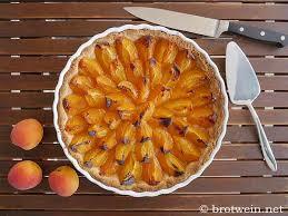 aprikosentarte mit mandelmürbeteig brotwein