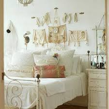 Tidy Bedroom Ideas For Teenage Girls With Vintage Theme Decoration