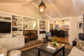 Up Lighting For Cathedral Ceilings by 24 Living Rooms With Vaulted Ceilings