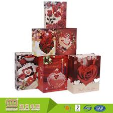 Custom Different Design Fancy Lovely Decorate Happy Birthday Gift Paper Bags Wholesale