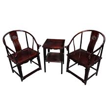 Elegant Pair Of Chinese Horse Shoe Back Chairs And