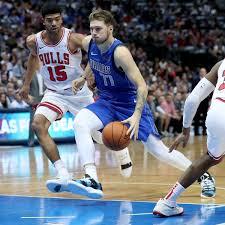 NBA Dallas Mavericks Gewinnen Gegen Chicago Bulls Doncic Und