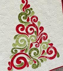 Swirly Christmas Tree Quilt