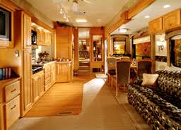 HEARTLAND Luxury Fifth Wheels