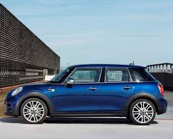 2015 Mini Hardtop 4 door A stretch in size and appeal