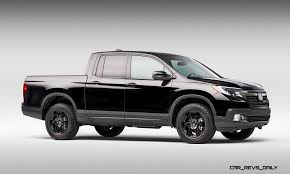 2017 Honda RIDGELINE Challenges Mid Size Roughriders with Smooth