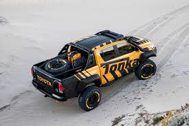 2017 Toyota Hilux Tonka Concept | Top Speed