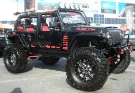 4 Door Custom Jeep Wrangler Rubicon I Would Love To Take This On The ...